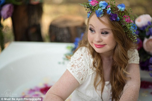 308B4E5300000578 3415061 Face of change Madeline Stuart 18 of Brisbane will walk for FTL m 60 1453693737267