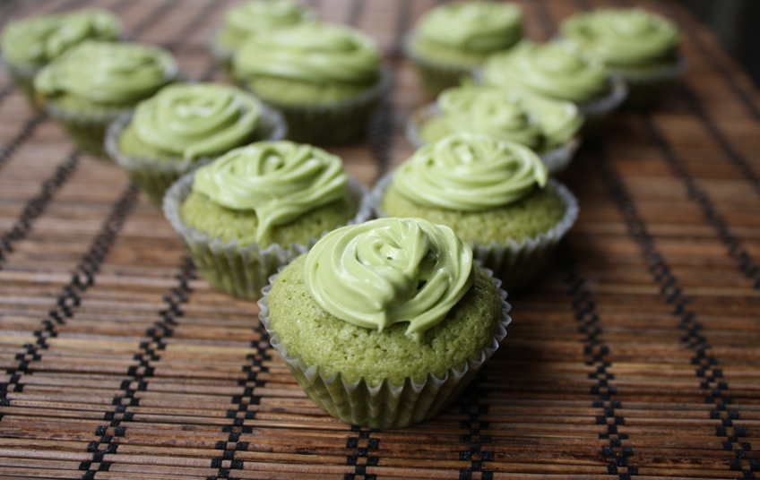 mini green tea cupcakes